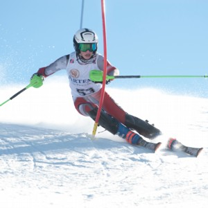 Murdo Watson in skiing action